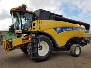 Kombajn New Holland CX 880