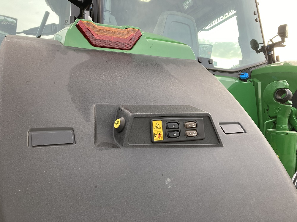 HK Agro 8R 370 2020