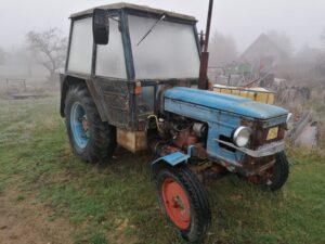 Traktor Zetor 5611