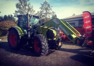 Traktor Claas Arion 650 - Cebis